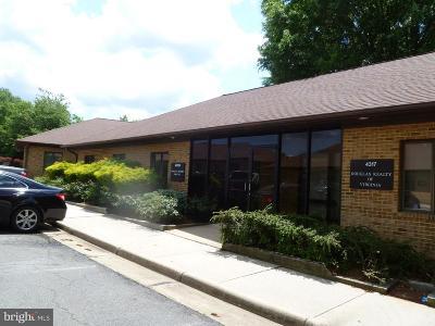Woodbridge, Dumfries, Lorton Condo For Sale: 4315 Ridgewood Center Drive