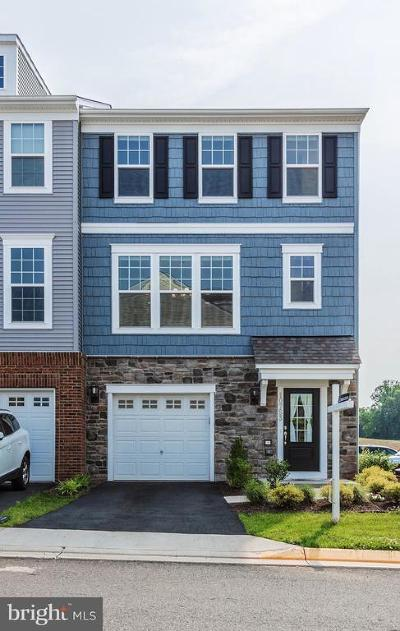Manassas Townhouse For Sale: 10753 Caledonia Meadow Drive