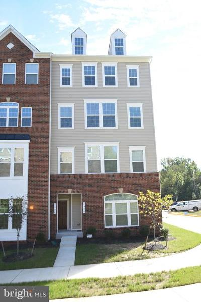 Dumfries Condo For Sale: 3554 Briarwood Drive