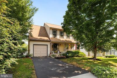 Lake Ridge Single Family Home For Sale: 12240 Arabian Place