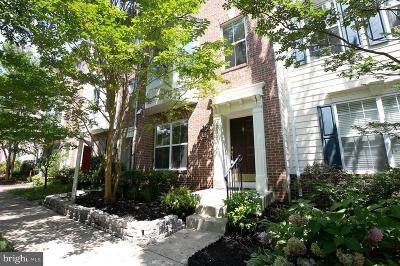 Woodbridge VA Townhouse For Sale: $395,000