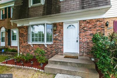 Woodbridge VA Townhouse For Sale: $325,000