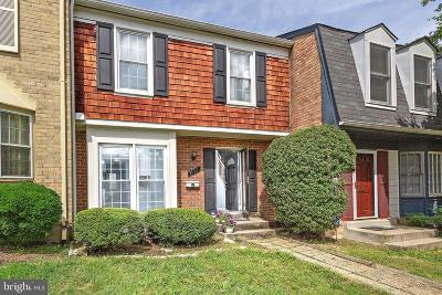 Woodbridge Townhouse For Sale: 3177 Arrowhead Court