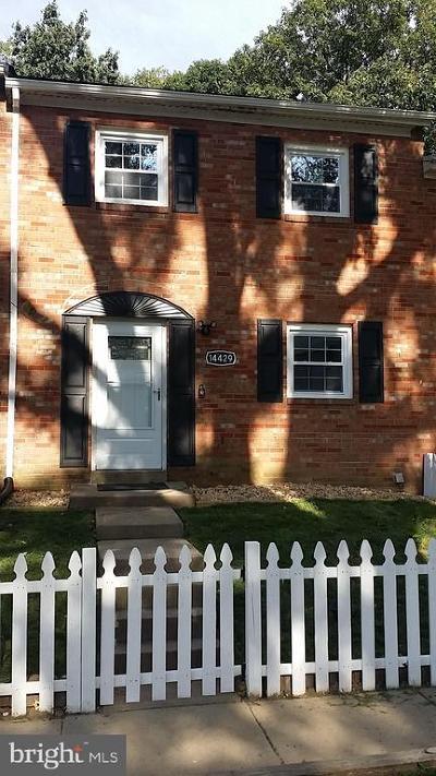 Townhouse For Sale: 14429 Village Drive