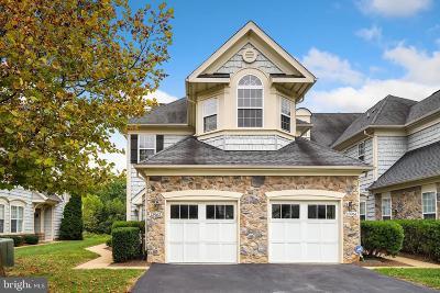 Woodbridge VA Condo For Sale: $344,900