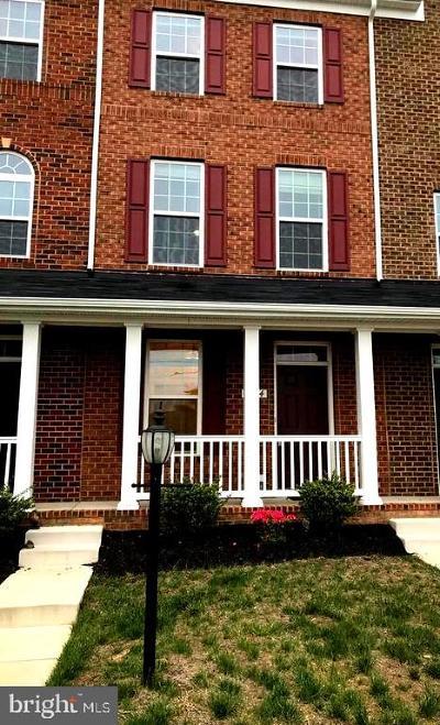 Woodbridge VA Condo For Sale: $325,000
