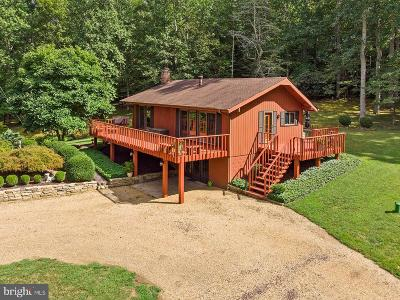 Rappahannock County Single Family Home For Sale: 60 Thorns Mill Run Lane
