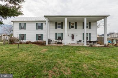 Strasburg Single Family Home For Sale: 254 Duke Circle
