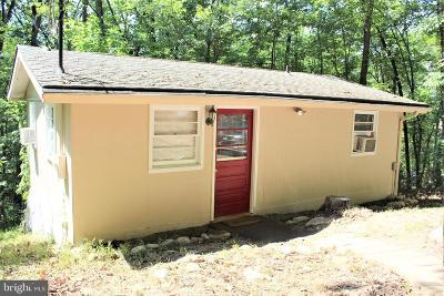 Strasburg Single Family Home For Sale: 570 Cedar Road