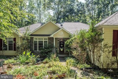 Fredericksburg Single Family Home For Sale: 8216 Gold Mine Court