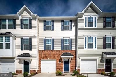 Fredericksburg Townhouse For Sale: 404 Streamview Drive