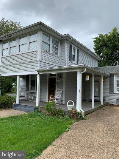 Colonial Beach Single Family Home For Sale: 323 Marshall Avenue
