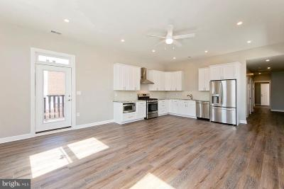 Frederick County, Shenandoah County, Warren County, Winchester City Rental For Rent: 160 North Loudoun #202