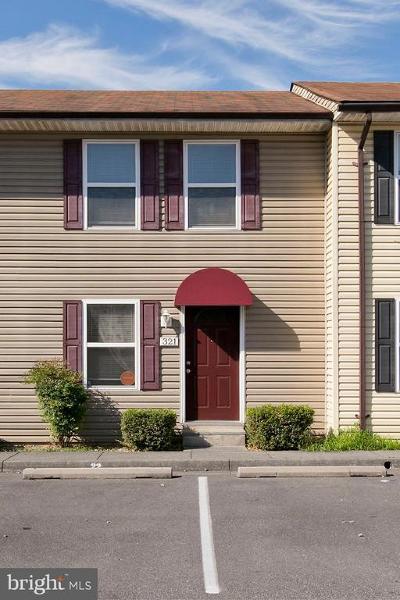 Winchester Condo For Sale: 321 Avon Court