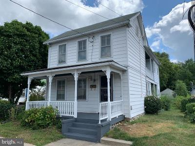 Winchester Single Family Home For Sale: 1110 S Loudoun Street