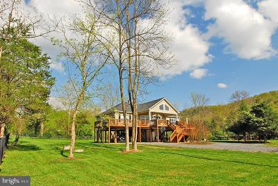 Front Royal Single Family Home For Sale: 141 Farms River Road