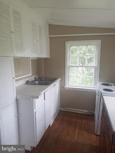 Warren County Rental For Rent: 539 Royal Avenue S #4