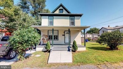 Front Royal Single Family Home For Sale: 242 Fletcher Street