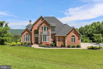 Warren County Single Family Home For Sale: 24 Old Orchard Road