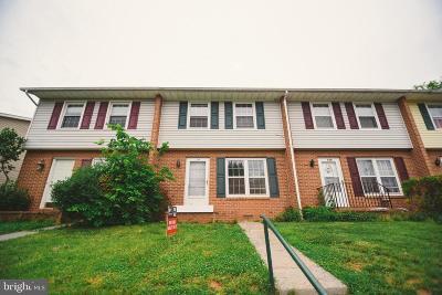 Front Royal Townhouse For Sale: 118a S Shenandoah