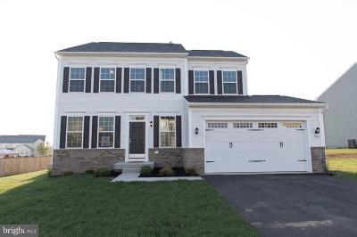 Bunker Hill Single Family Home For Sale: 1006 Calvert Circle