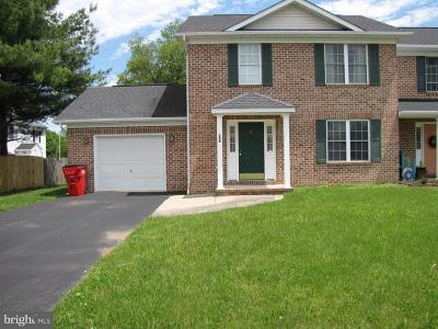 Charles Town Single Family Home For Sale: 150 Westhall Dr
