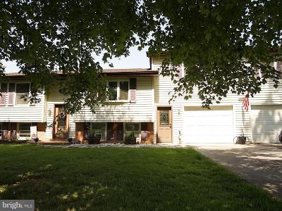 Charles Town Single Family Home For Sale: 1086 Tuscawilla