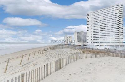 Ocean City Condo/Townhouse For Sale: 10300 Coastal Hwy #1601