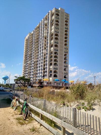 Ocean City Condo/Townhouse For Sale: 9400 Coastal Hwy #1404