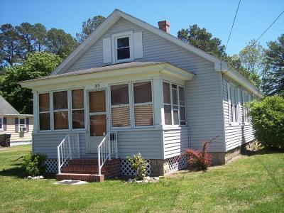 Snow Hill Single Family Home For Sale: 213 Ironshire St