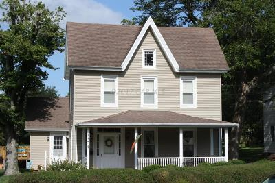 Berlin Single Family Home For Sale: 215 Broad St