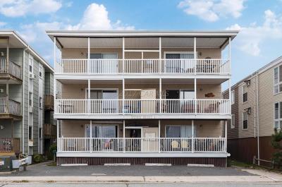 Ocean City Condo/Townhouse For Sale: 12800 Assawoman Dr #2s