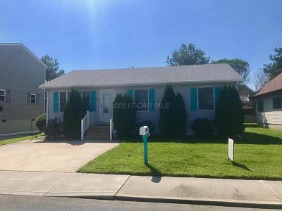 Ocean City Single Family Home For Sale: 717 Anchor Chain Rd