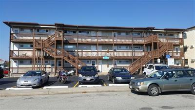 Ocean City Condo/Townhouse For Sale: 504 Robin Dr #63