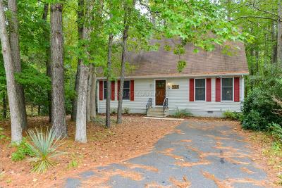 Ocean Pines Single Family Home For Sale: 35 Castle Dr