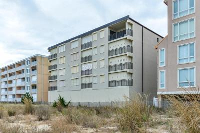 Ocean City Condo/Townhouse For Sale: 13806 Wight St #102