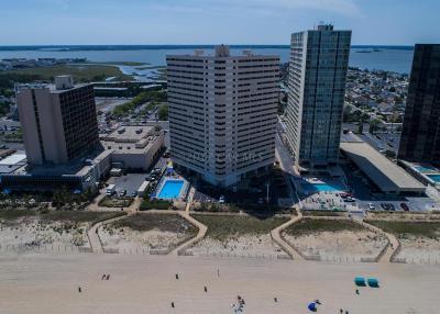 Ocean City Condo/Townhouse For Sale: 10300 Coastal Hwy #1407