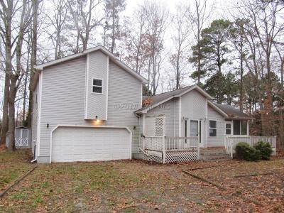 Berlin Single Family Home For Sale: 8 Mayflower Ct