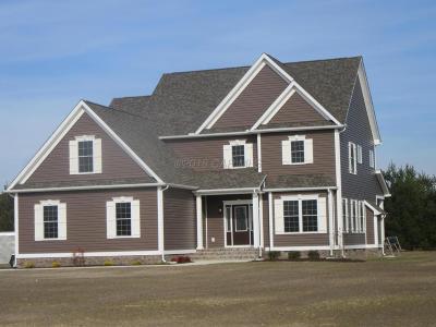 Salisbury Single Family Home For Sale: Tartan Ln
