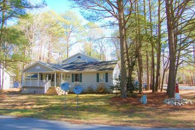 Berlin Single Family Home For Sale: 2 Locust Ct