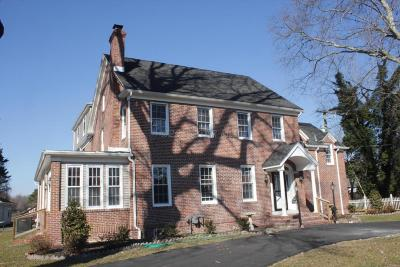 Salisbury Single Family Home For Sale: 31008 Old Ocean City Rd