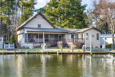 Berlin Single Family Home For Sale: 92 Newport Dr