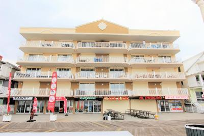 Ocean City Condo/Townhouse For Sale: 607 Atlantic Ave #301
