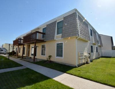 Ocean City Condo/Townhouse For Sale: 407 Lark Ln #104