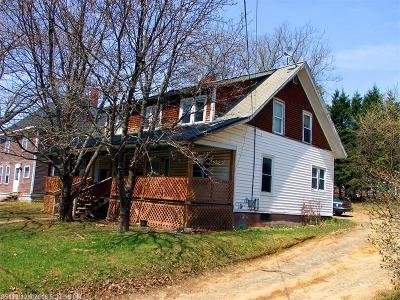 Houlton ME Multi Family Home For Sale: $39,500