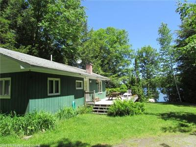 Single Family Home For Sale: 303 Dark Cove Rd