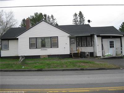 Single Family Home For Sale: 33 Dexter Rd