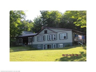 Lee Single Family Home For Sale: 48 Old Camp Ground Rd