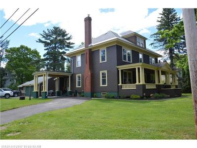 Houlton Single Family Home For Sale: 90 Court St
