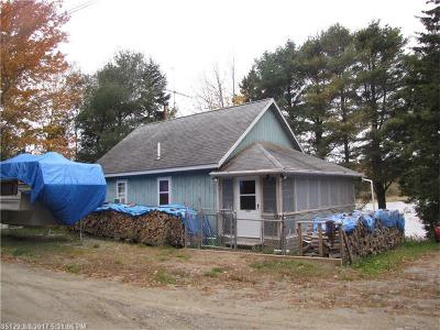 Single Family Home For Sale: 40 Southern Cove Rd
